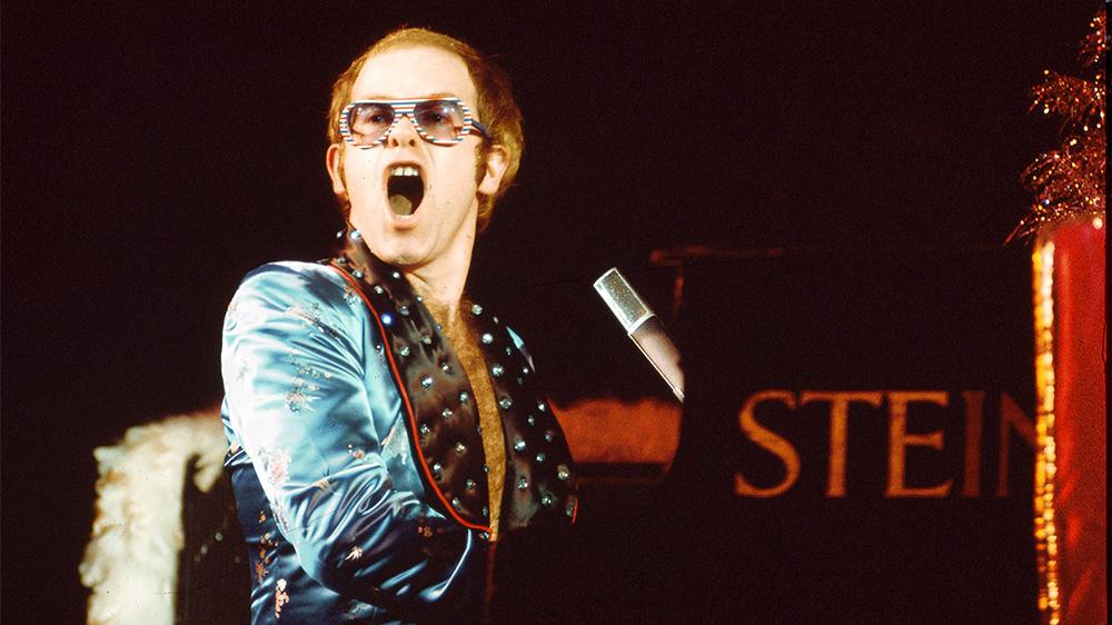 Elton John 1973 год.