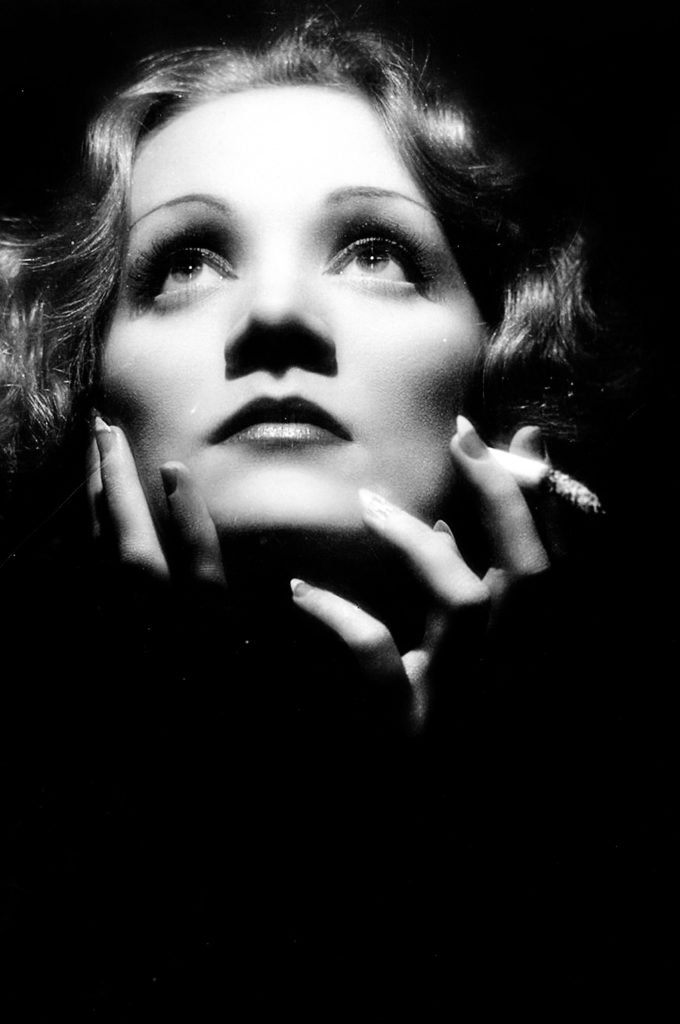 Marlene Dietrich set 1932's Shanghai Express. Фото: pinterest.com